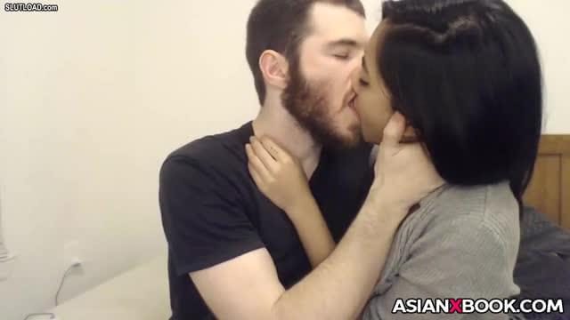 Sexy asian giving head