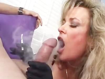 Sexy cougar blowjob