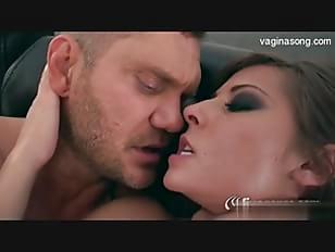 Muscle girl fuck video