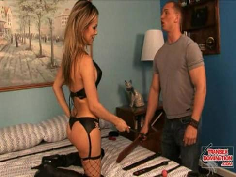 tight butt hole got reamed hard as fuck in bedroom