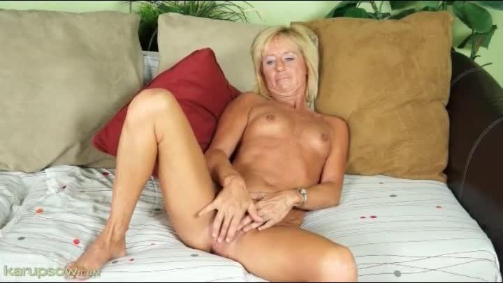 Blonde mature masturbates