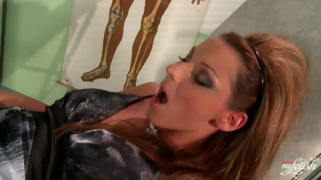 Mother daughter amateur porn