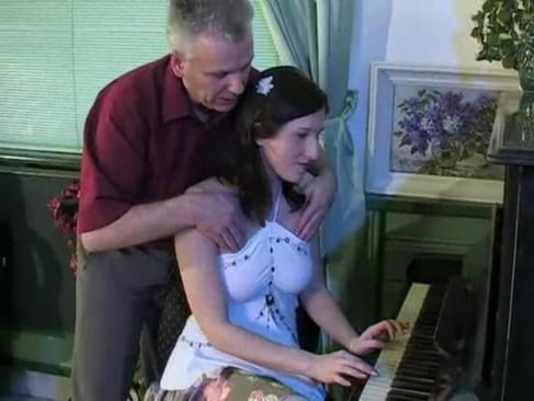 porno pic piano lessons