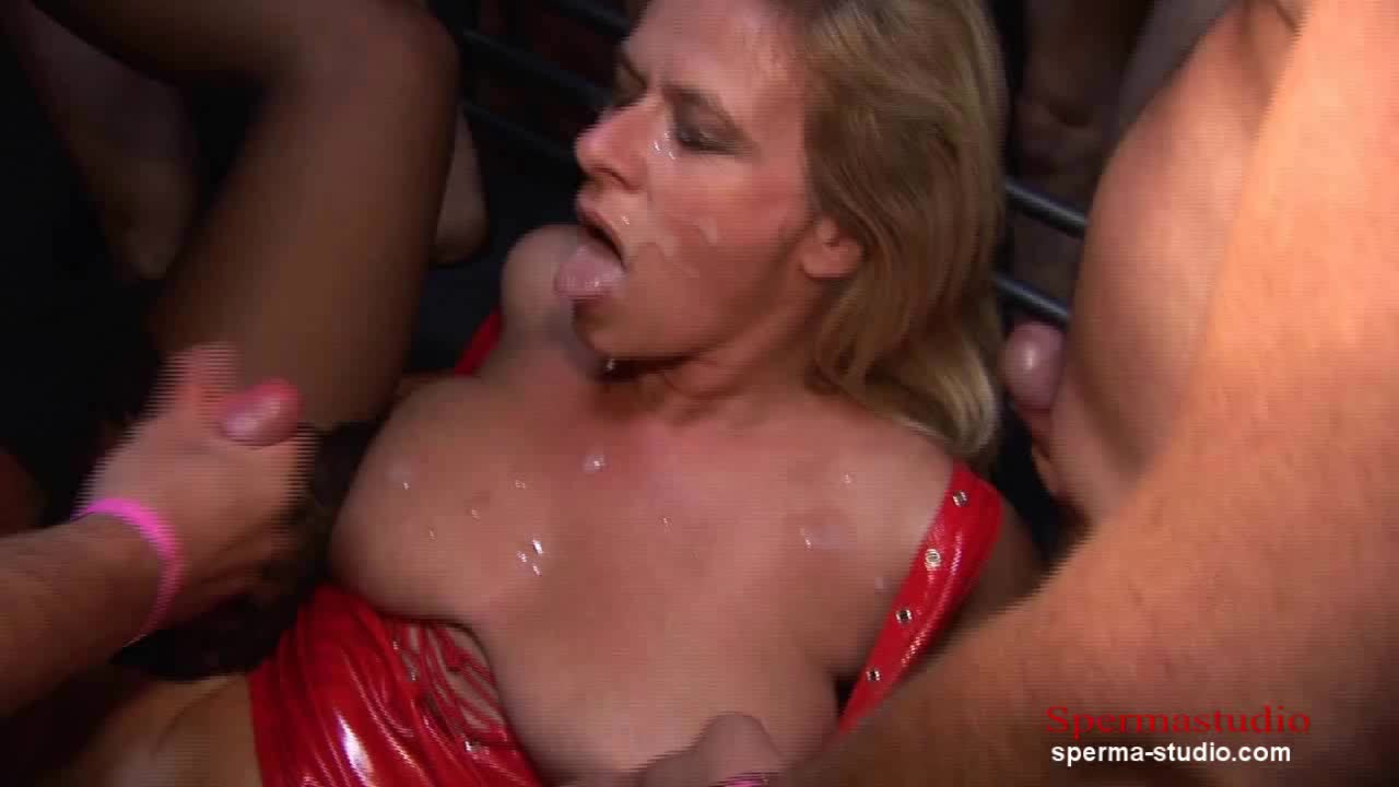 Hot Sex and cumshots you