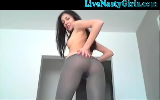 Nude pussy rings girl