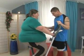 SSBBW Fucked By Trainer
