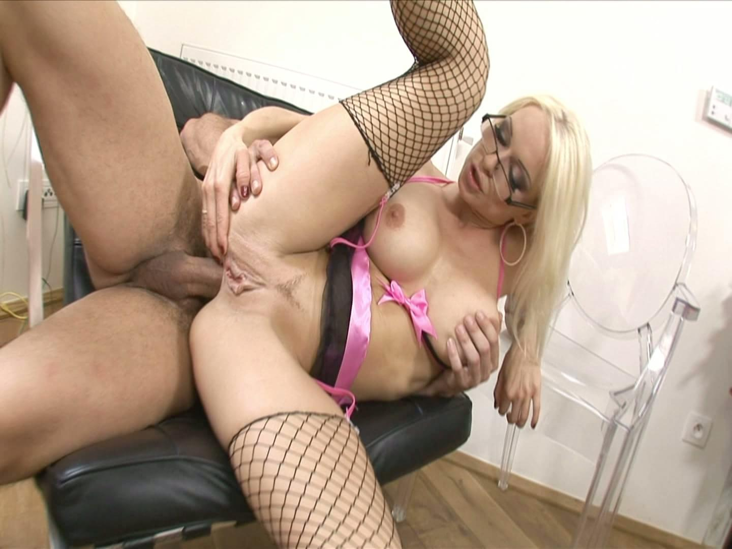 Arousing lesbian sex with ass fingering and pussy licking