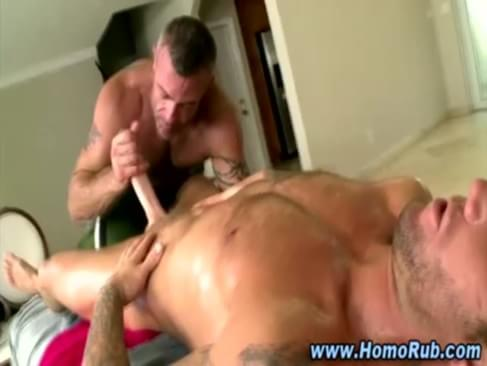 Straight Guy Sucked By Bear Masseuse