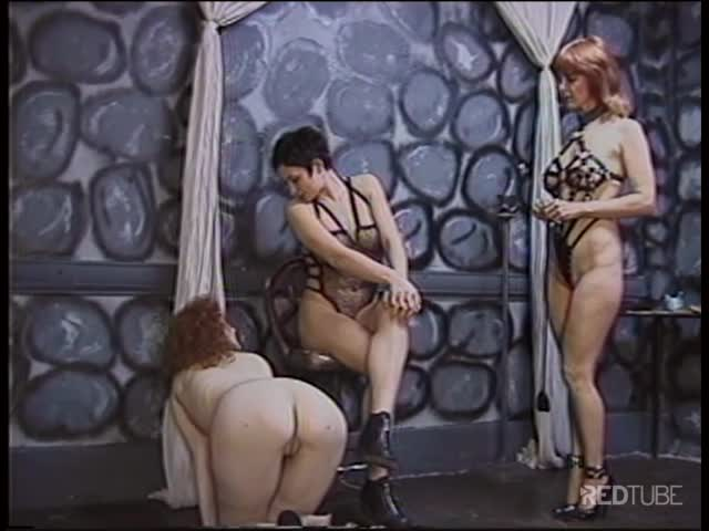 zhenshini-v-vozraste-retro-porno
