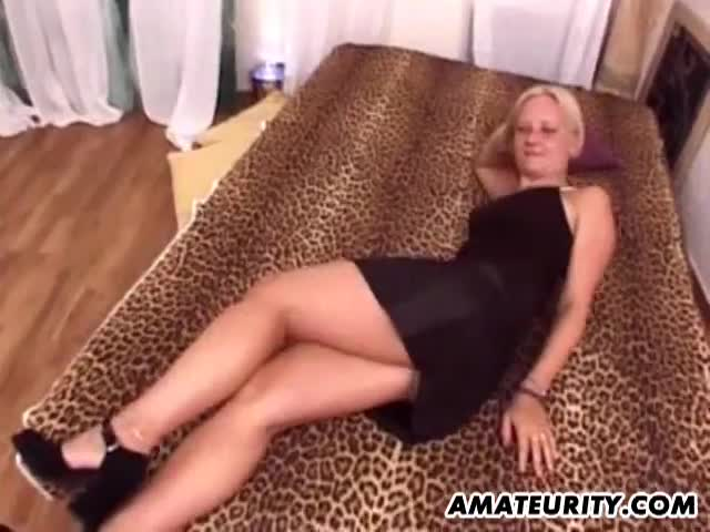 Blond College Teen Fucked At Frat Party