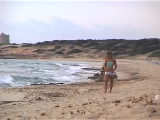 Tatiana teen fuck on the beach