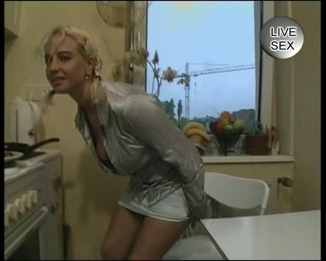Fisting Her Own Ass 69