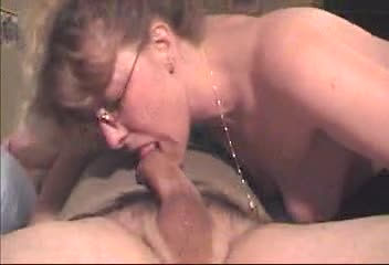 Amateuar + homevideo milf