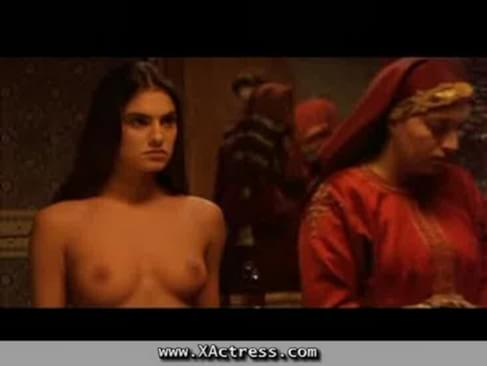 Sunny leone with