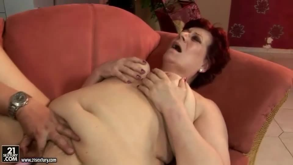 Fat granny bubi gets dicked by hairy boy toy rob