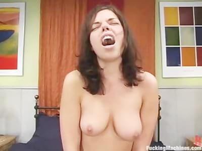 Amazing sybian orgasm
