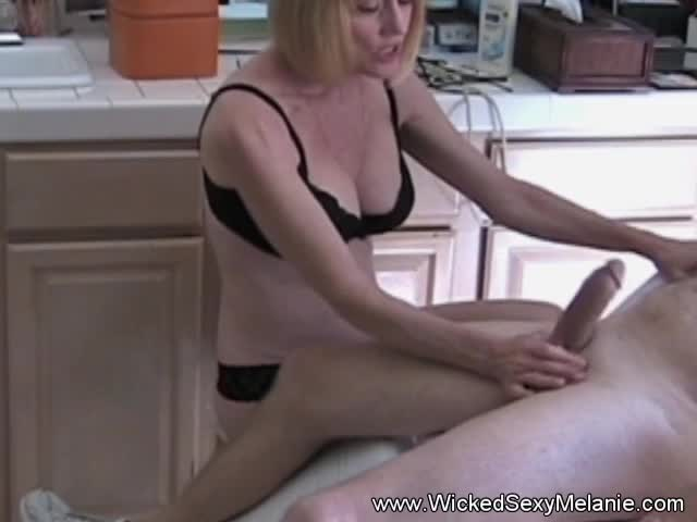 Amateur mother daughter threesomes