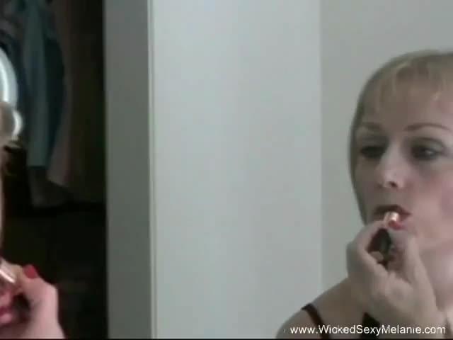 lipstick blowjob tube