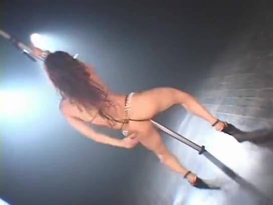 Yoko Lesbian Dance 95