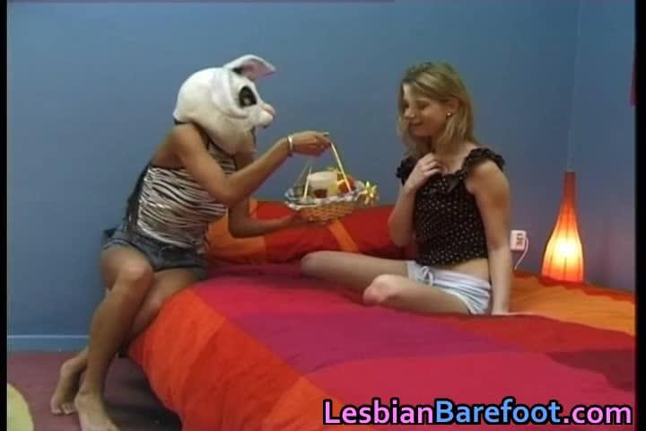 slender-young-lesbians-and-their-toys-domina